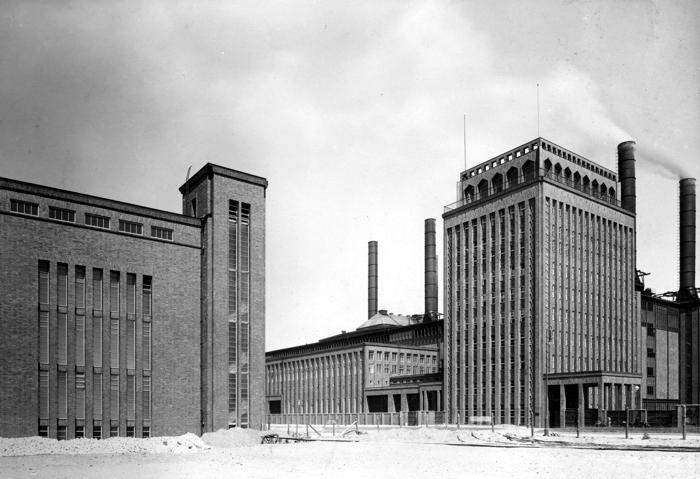 S. 234_700_Kraftwerk Klingenberg_1927_Vattenfall Europe Unternehmensarchiv Berlin